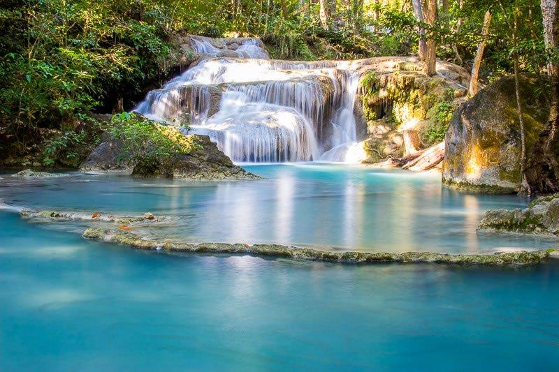 Erawan-Wasserfall-in-Kanchanaburi.